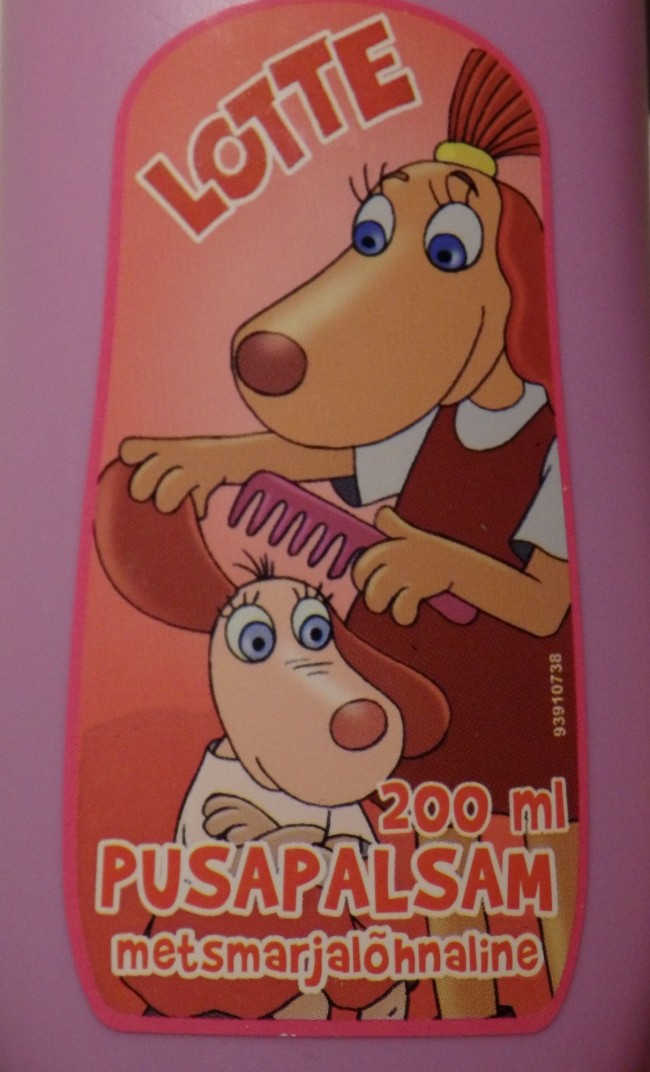 The star of Estonian *laste joonis/filmid* (kids' animated films) *koera/tüdruk* (dog girl) Lotte is not a fan of *PUSAD* (tangles), but this is definitely not just a girl thing. If you spray *pusa/palsam* or (anti)-tangle conditioner in your hair, then the *kamm* (comb) becomes your friend.