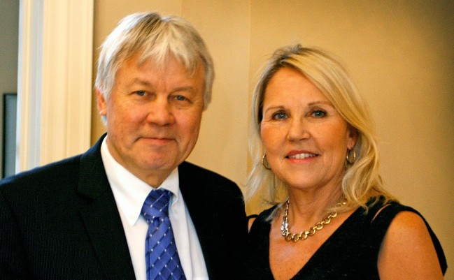 Riina and Allan Hess are co-chairs of the next phase of the International Estonian Centre's Capital Campaign Viru Vanemad, and invite potential donors to find out more about the unique naming opportunities available.