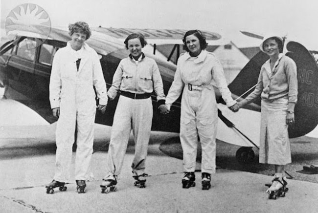 Elvy Kalep (second from left) with members of the Ninety-Nines, circa 1932.