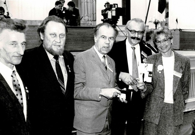 From the Left: Endel Ratas, former political prisoner; Enn Tarto, former political prisoner and Member of the Estonian Parliament (MP); Mart Niklus, former political prisoner and MP; the late Mäido Kari, former president of the Estonian World Council; Mari Ann Kelam, former MP.