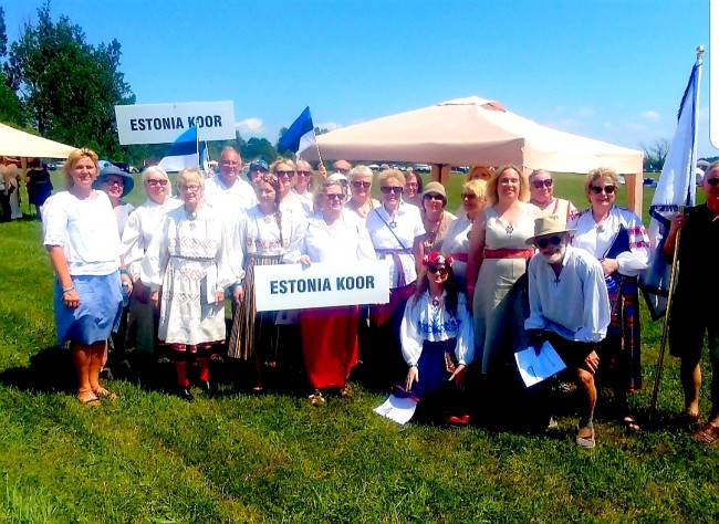 Seedrioru observed the 100th anniversary of Estonia's independence with a traditional song festival on June 30. The Estonian Choir, along with several others, showed their inimitable musical mettle by participating and challenging the exhaustive 100-degree venue. No signs of any wilting by these singers. Photo: Siobhan Giles.