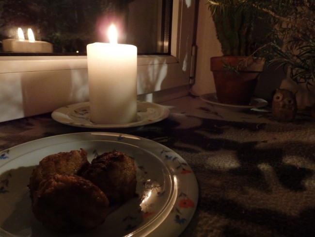 Cookies left for Santa or meatballs for a deceased grandfather during HINGEDE/AEG, the time of souls – it all depends on where you're from. Photo: Riina Kindlam (2017)