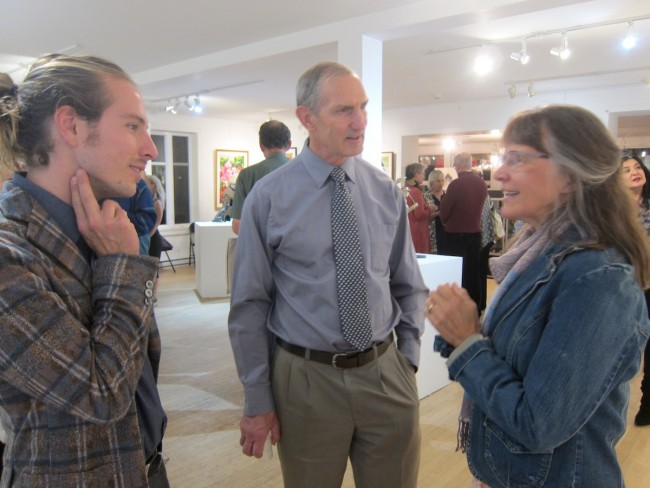 Timmy Leger with his artist mother chat with Gary Kirchner (2019)