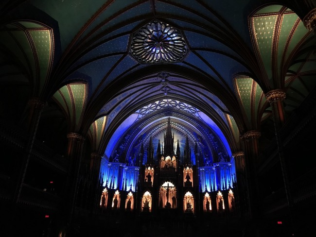 Notre Dame Basilica, Montreal by Taavi Tamtik (2019)