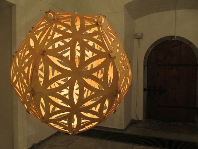 The SOLAR lamp or valgusti (light) by award-winning designer Jaanus Orgusaar (42), has the ability to cast amazing shadows and has become a design classic. It is made of 4 mm birch plywood and is 70 cm in diameter with an oil finish. 255 EUR at jaanusorgusaar.com. (Also available in a more compact 60 cm diameter version.) Photo: Riina Kindlam