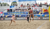 PHOTOS - Saturday beach volleyball matches